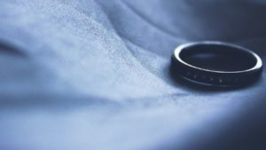 wedding ring removed after a divorce for men